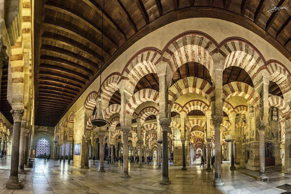 Mezquita-Catedral-Cordoba-Spain